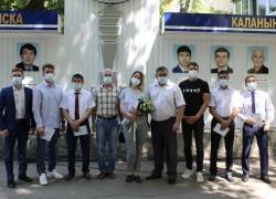 Открылась обновленная доска Почета «Спортивная честь и слава города Горно-Алтайска».
